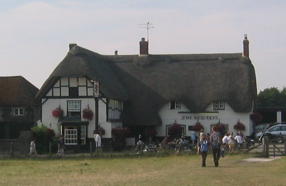 avebury_red_lion_pub.jpg
