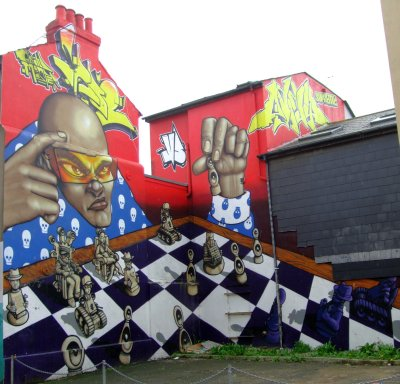 Graffiti - Grand Master Chess