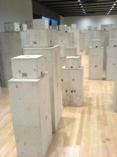 Anthony Gormley - Containing Boxes