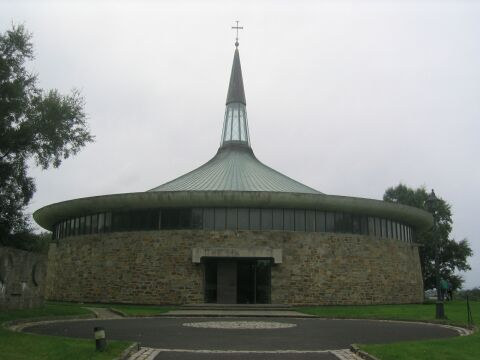 St_Aengus_Church_Donegal_outside.jpg
